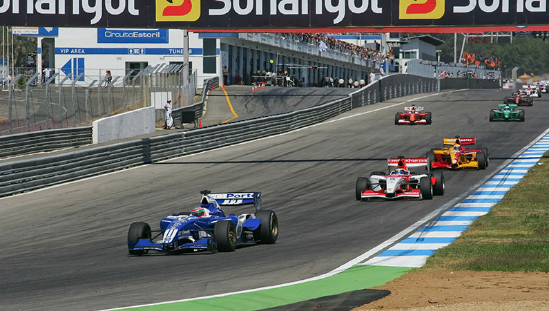 racing  cars in action at the algarve circuit