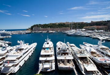 luxury yachts in monaco harbour