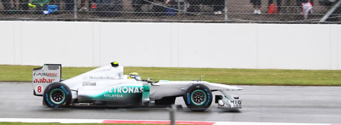 Driving in the Rain at Silverstone 2011